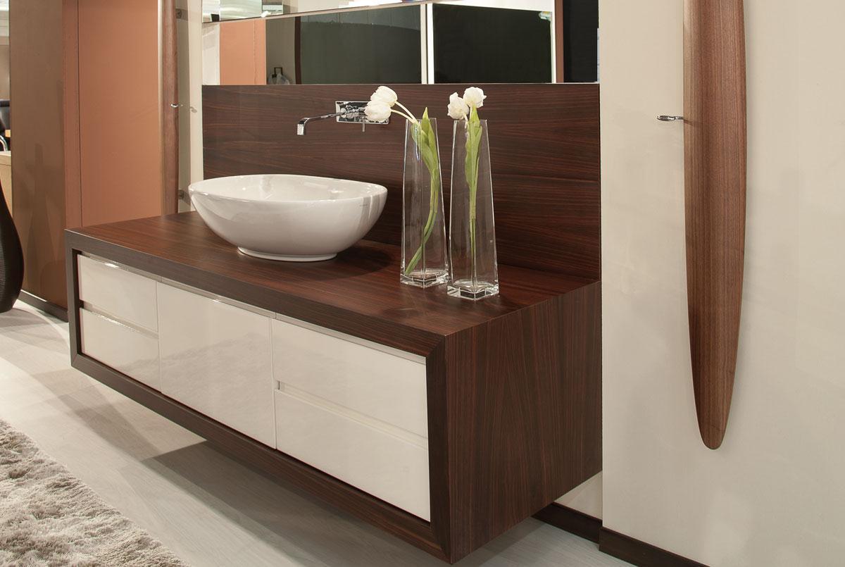 Bagni fratelli montorfano mobili produttori di mobili - Bagni esterni in legno ...