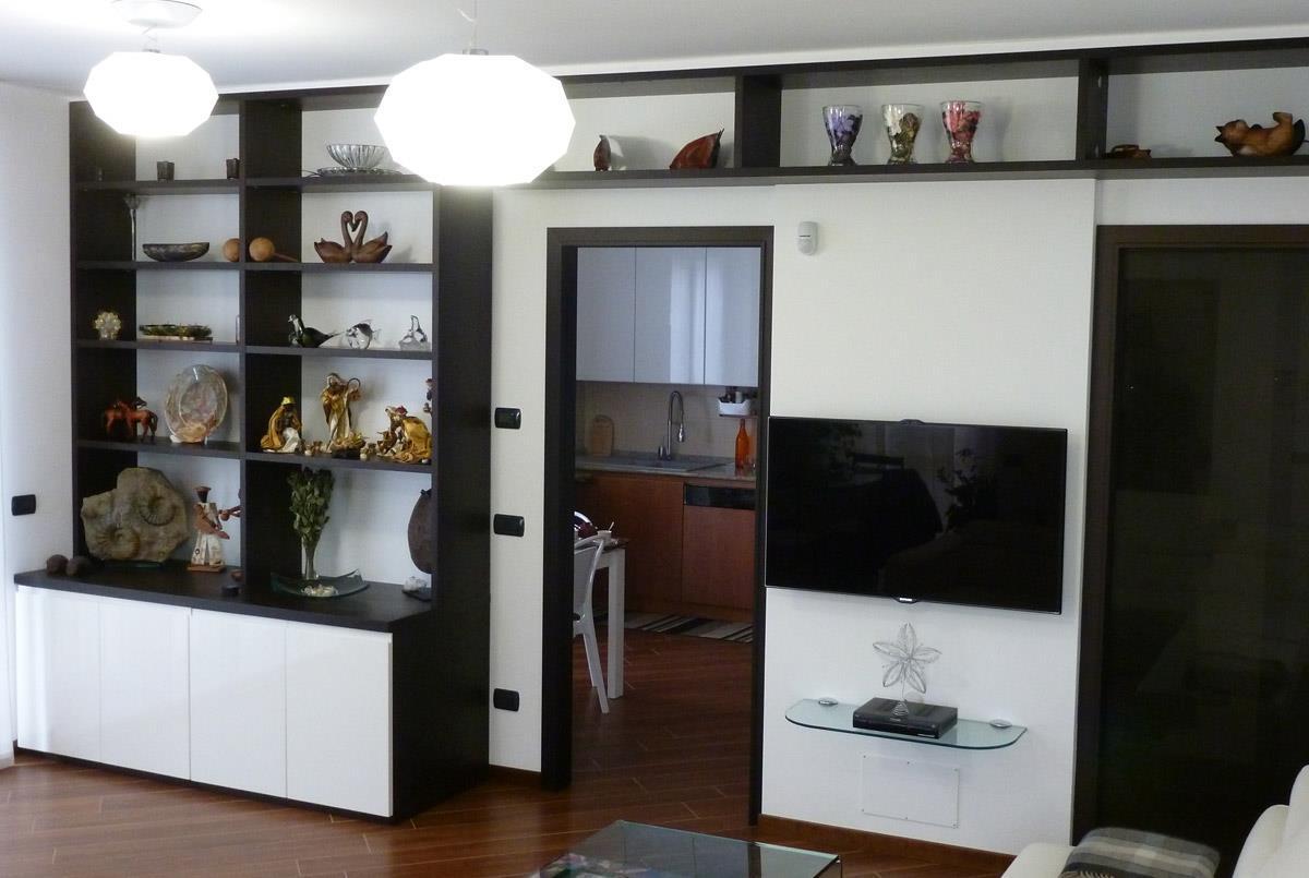 Fratelli montorfano fratelli montorfano mobili produttori - Libreria con porta ...