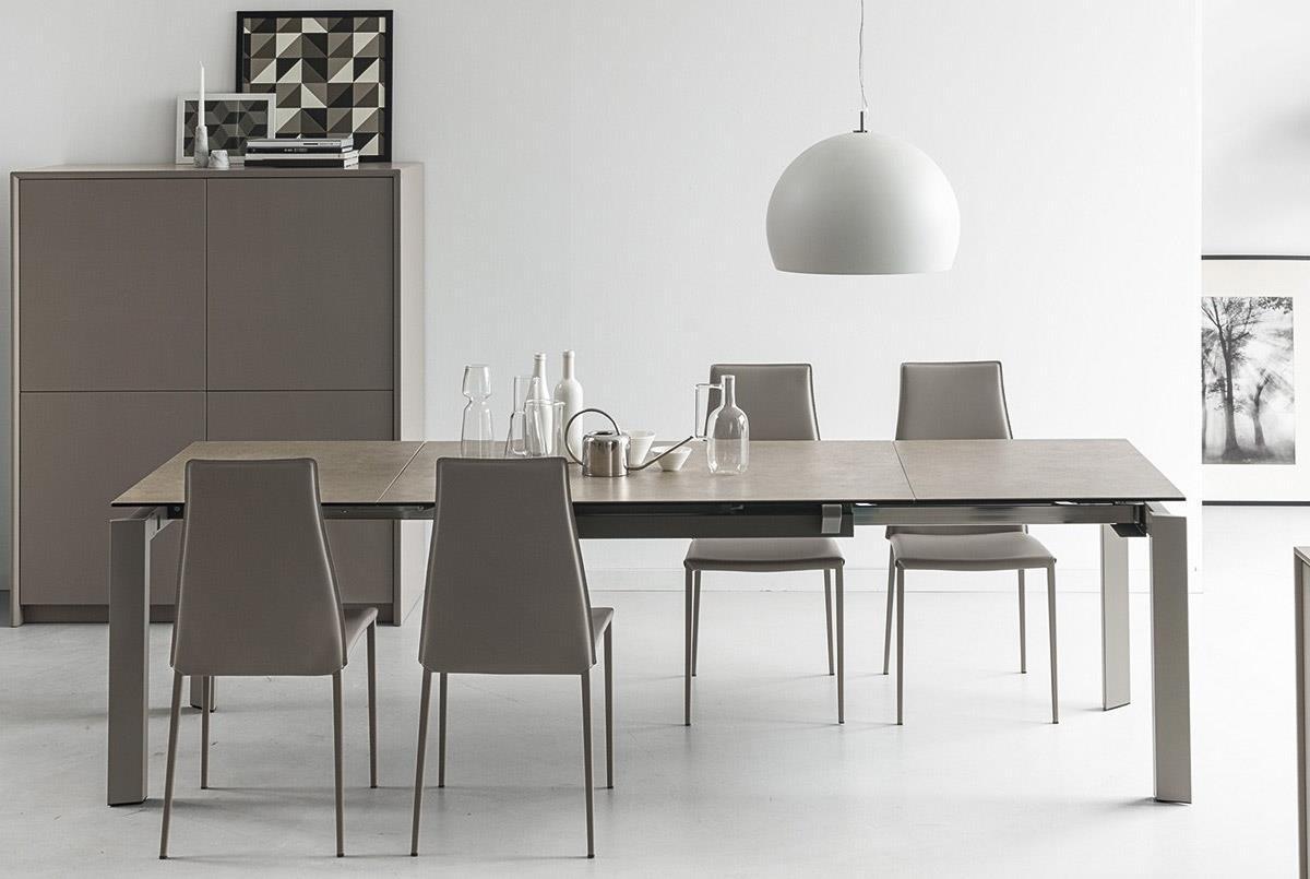 Occasioni tavoli e sedie fratelli montorfano mobili como for Produttori di mobili